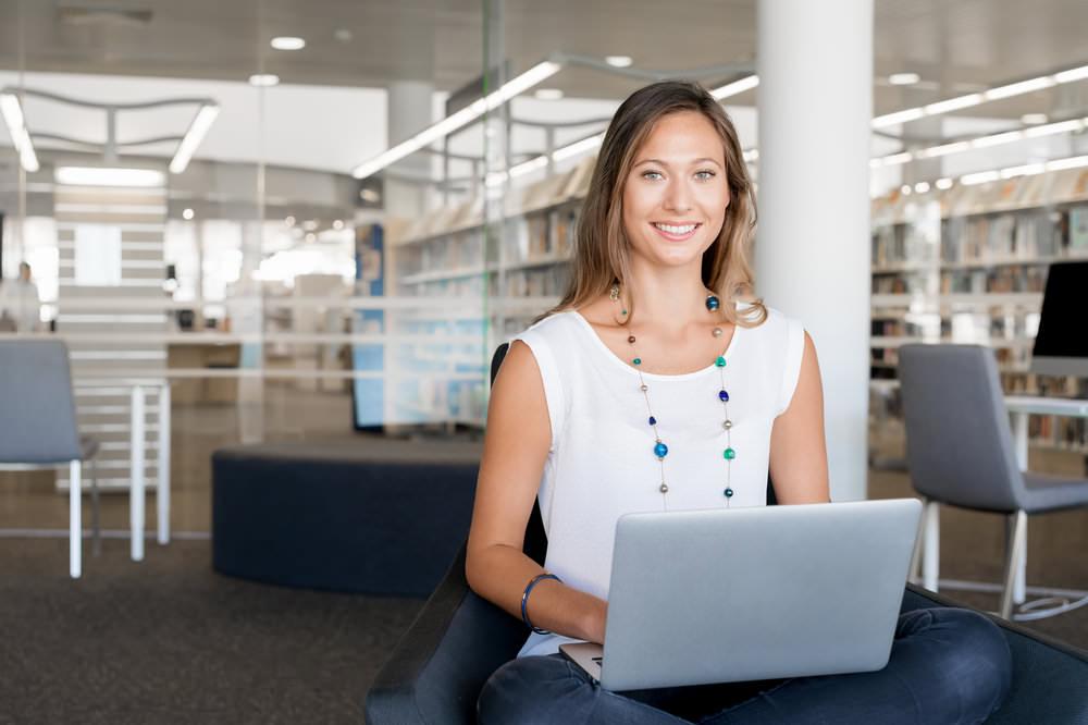 Fernstudium-Anbieter-Angebote-Onlinestudium