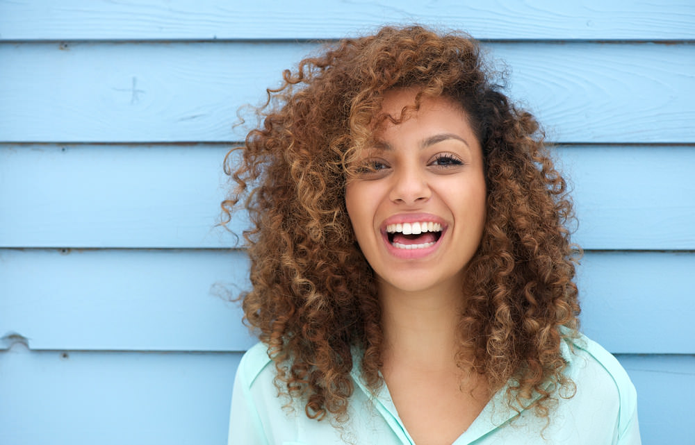 9 Wege, anderen ein Lächeln zu schenken