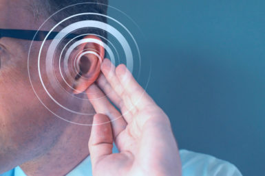 Geräusch im Ohr: Hintergrundlärm macht kreativer