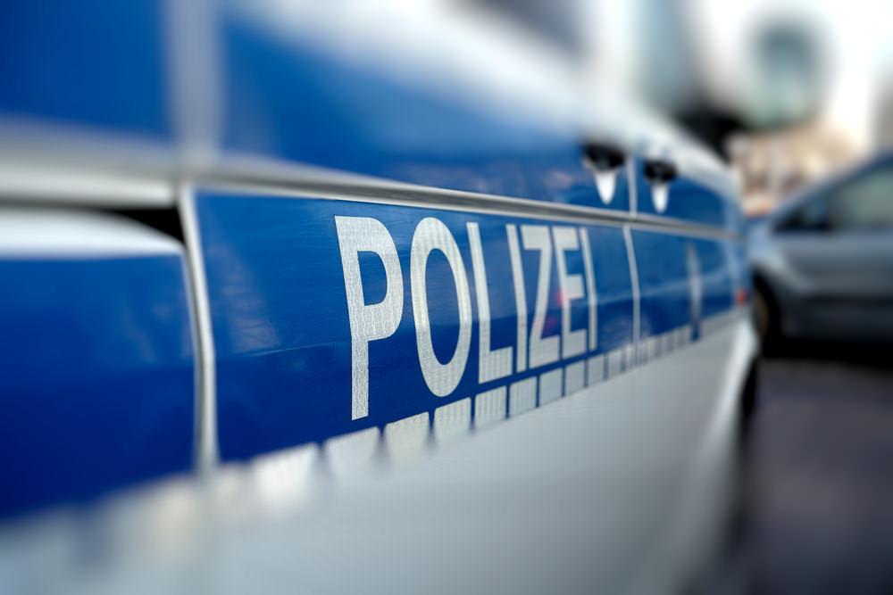 Polizeiwagen-Polizist-werden-Ausbildung
