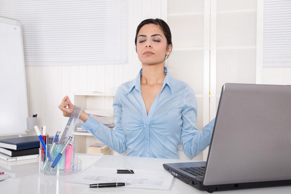 Yoga Übungen: Tipps für Anfänger (und fürs Büro)