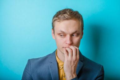 6 Anzeichen, dass Sie die Meinung anderer überbewerten