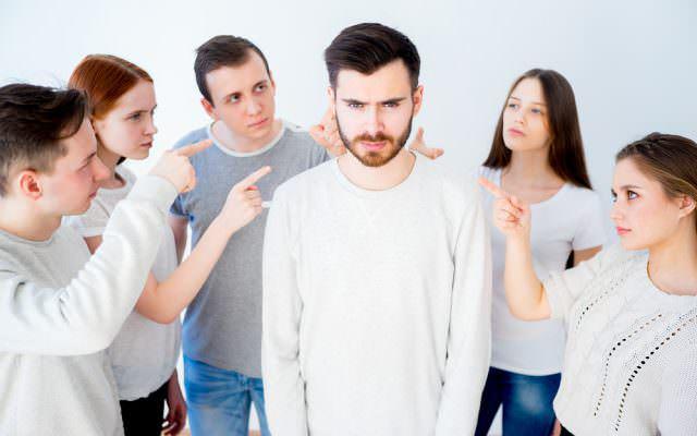 Schuldfrage Schuldzuweisung Verantwortung uebernehmen Konfliktmanagement schuldig