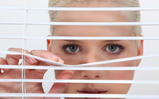 Gefuehl beobachtet zu werden Kontrolle heimlich spionieren