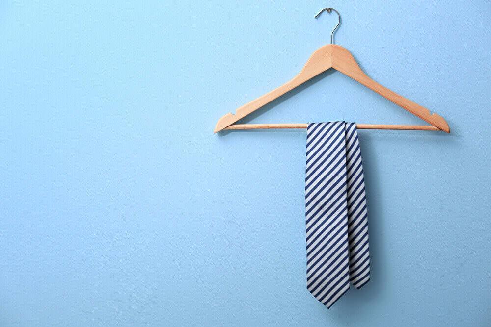 Krawatte binden Doppelter Windsor Knoten
