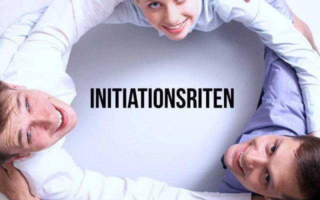 Initiationsriten Job Beispiele Grund Studentenverbindug Team Gruppe