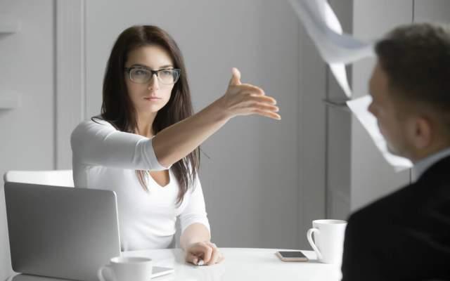 Konkurrenzkampf Unternehmen Streit Konkurrenten Rivalen Beruf