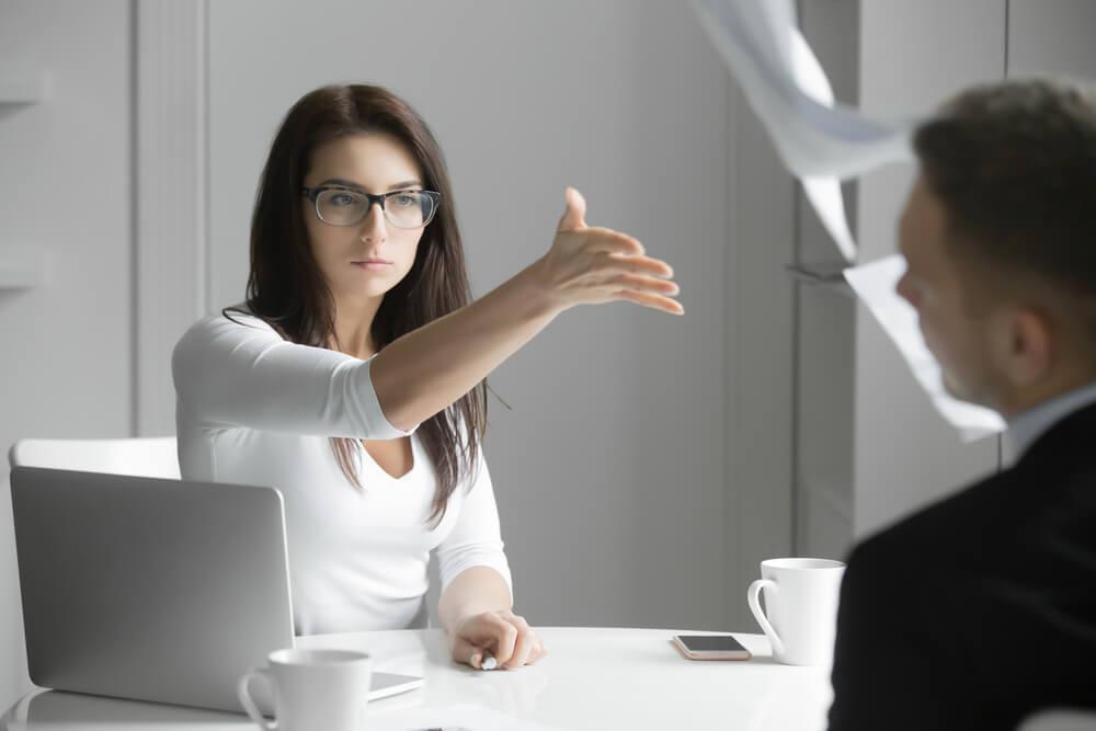 Konkurrenzkampf Harte Realität Im Joballtag Karrierebibelde