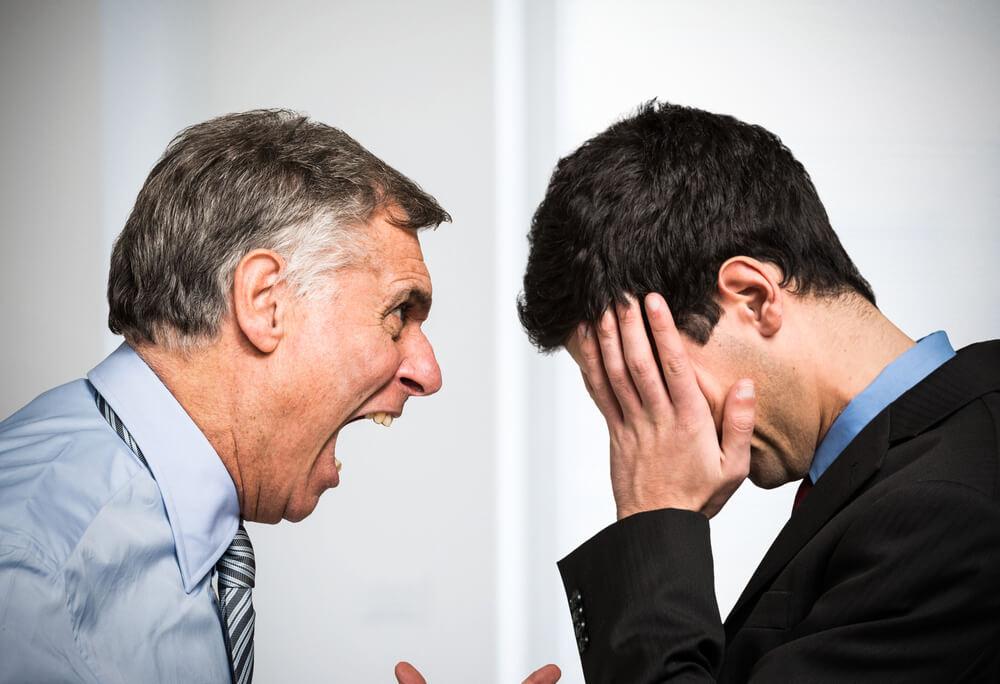Bossing: Wenn der Chef mobbt...