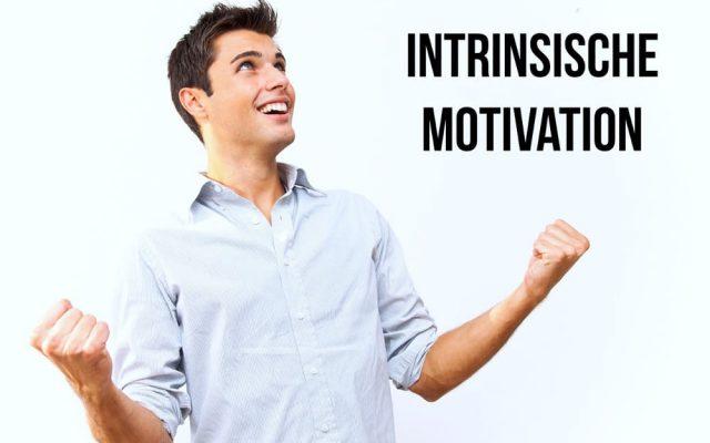 Intrinsische Motivation Beispiele extrinsische Unterschied foerdern Schule Belohnung steigern