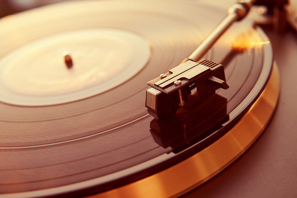 Schallplattenspieler in senkrecht: Floating Record
