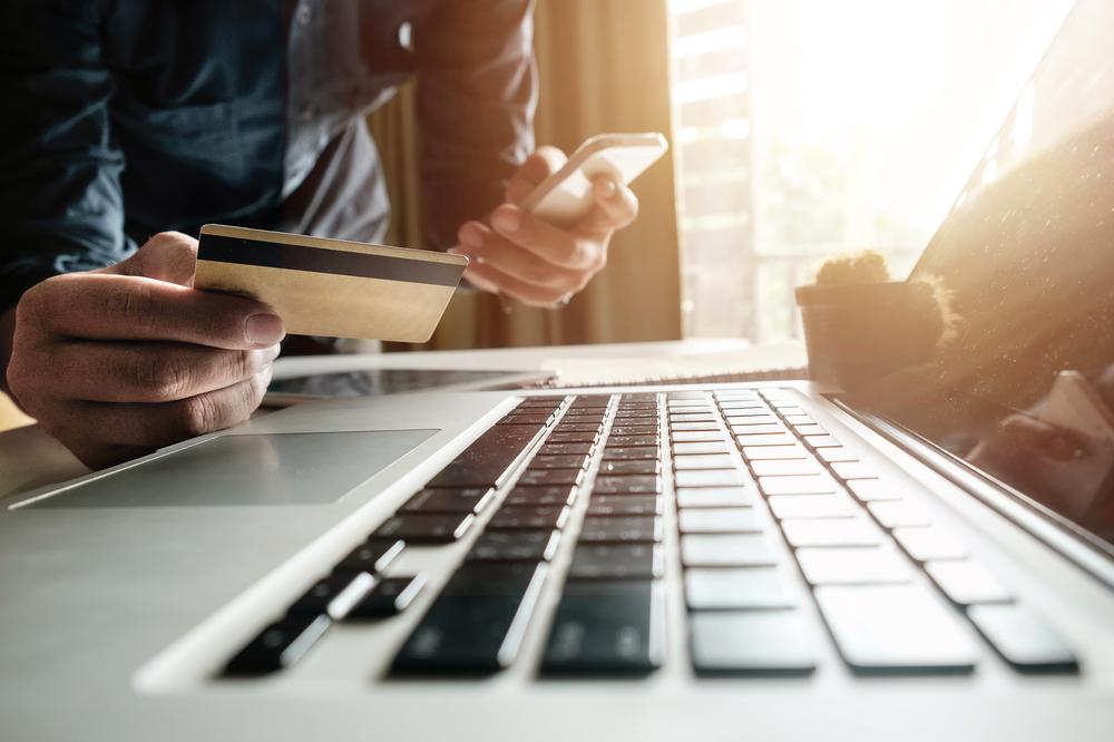 Sparen und Anlegen: Das geht auch online und mobil