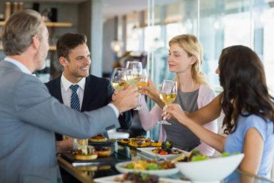 Geschäftsreise Abendessen: Das müssen Sie wissen