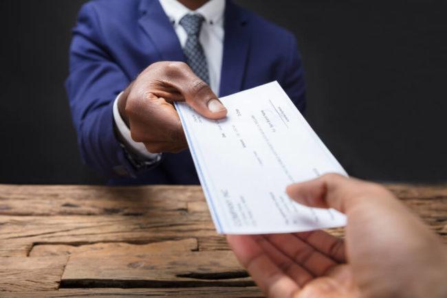 Abfindungszahlung Höhe Steuer Anspruch Karrierebibelde