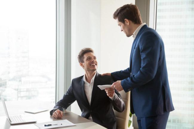 Erfolgsbeteiligung: Das sind die Vor- und Nachteile