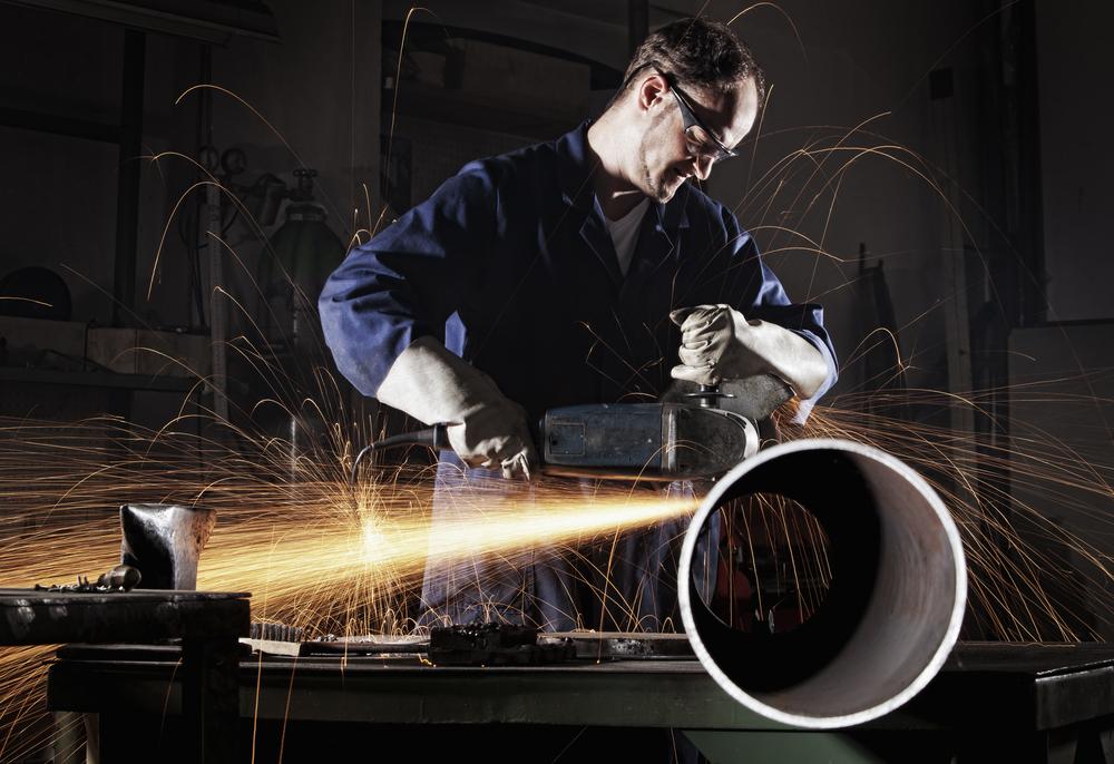 berufskrankheiten-stahlarbeiter-ohne-gehoerschutz