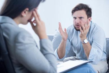 Beleidigungen durch Kollegen: Was kann ich tun?