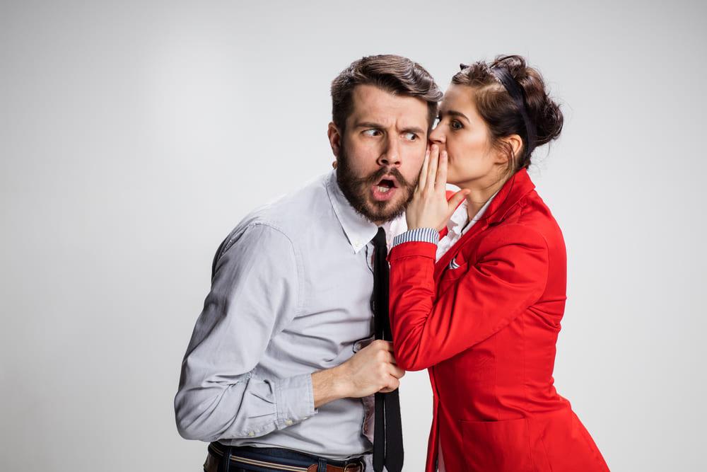 Denunziation: Wie reagieren im Job?