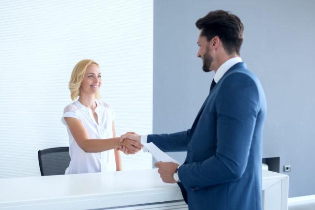 Bewerbung als Hotelfachfrau: Vorlagen und Formulierungen