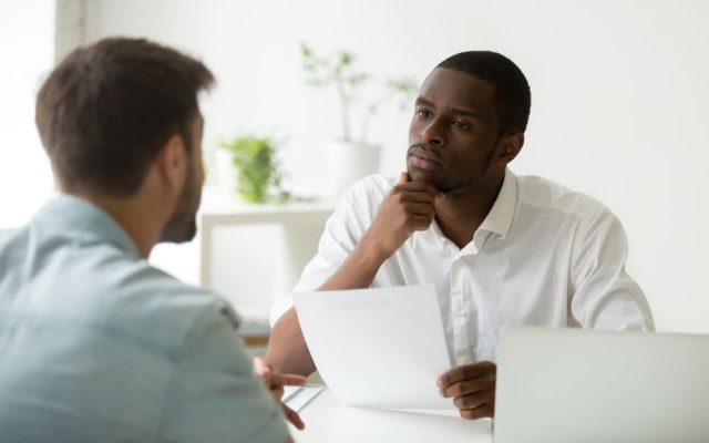 Personalgespraech Einladung ankuendigen Tipps für Mitarbeiter Inhalt Fragen Kuendigung Protokoll Betriebsrat