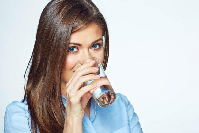 Wasser trinken: 7 gute Gründe für den natürlichen Durstlöscher