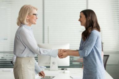 Unternehmensnachfolge: Definition, Möglichkeiten, Probleme