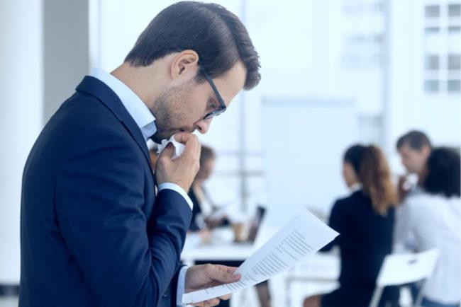 Arbeitsbeurteilung: Regelungen, Muster und Tipps