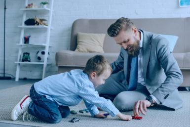 Wiedereinstieg nach Elternzeit: Tipps für die Rückkehr