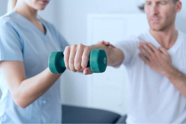Beruf Physiotherapeut: Ausbildung, Gehalt, Karriere, Bewerbung