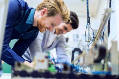 Beruf Mechatroniker: Ausbildung, Gehalt, Karriere, Bewerbung