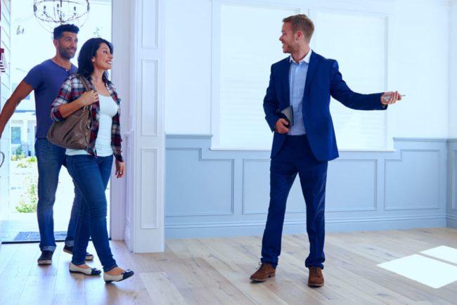 Immobilienmakler: Ausbildung, Gehalt, Karriere, Bewerbung
