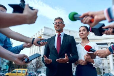 Politiker: Ausbildung, Gehalt, Karriere, Bewerbung