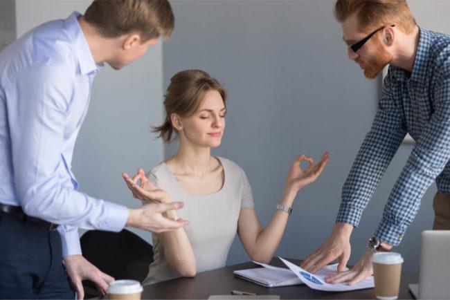 Harmoniebedürfnis: So schadet es der Karriere