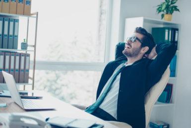 Vertriebsmitarbeiter: Definition, Gehalt, Perspektiven